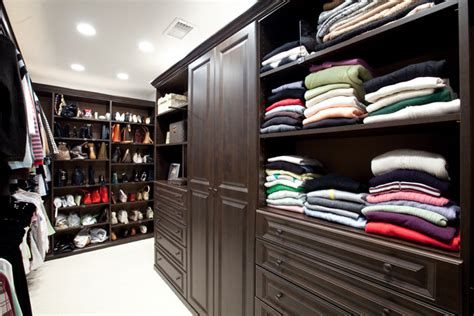 How Big Should A Closet Be by Home Improvement Solutions Reasons Why Getting A Custom