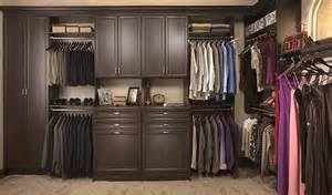 closet design with custom closet organizers
