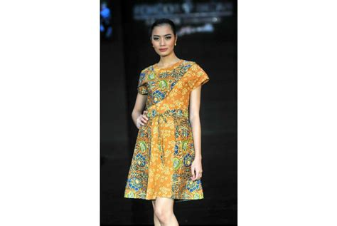 Baju Batik Keris model baju batik wanita batik keris www pixshark images galleries with a bite