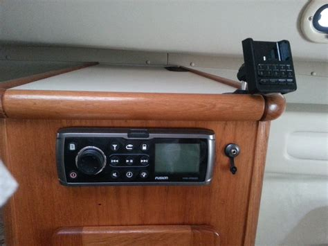 pursuit 3000 express used boats pursuit 3000 express 2002 for sale for 10 000 boats