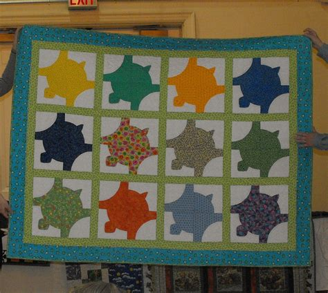 to be quilt and turtles on