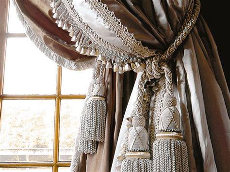 tende versace interni collezioni vendita tessuti tappeti biancheria casa