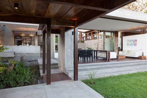 garden in house designs modern rustic sensation of garden house in el salvador by cincopatasalgato