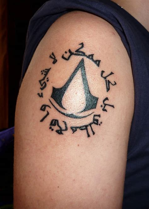 assassin s creed tattoo assassins creed on shoulder by zradus