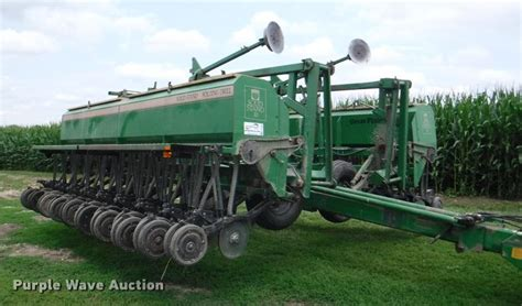 Ag Equipment Auction In Ulysses Kansas By Purple Wave Auction