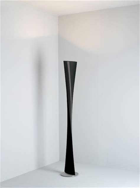 Designer Vases by Polaris Floor Lamp In Black Modern Floor Lamps By
