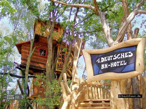 Baumhotel Deutschland by Baumhaus Hotel In Nei 223 Eaue Germany Unique
