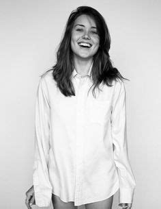 the blacklist s megan boone welcomes a baby girl instyle com megan boone wedding beauties pinterest