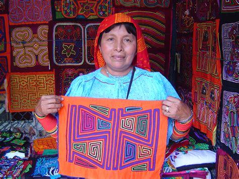 imagenes de mujeres kunas rita smith molas for sale kuna mola gift textiles of the
