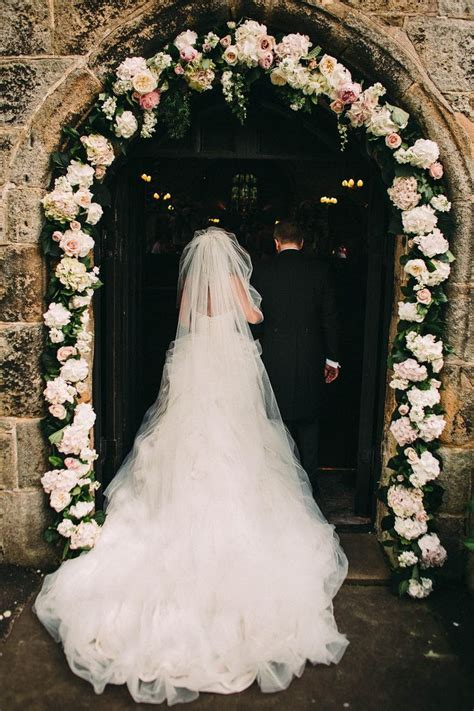 The 25  best Wedding Arches ideas on Pinterest   Floral