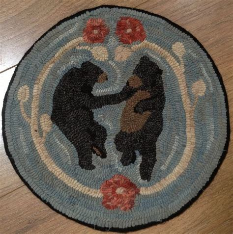 monks cloth rug hooking rug hooking pattern for bears chair pad on monks cloth or primitive linen p107 hooks
