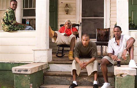 How Donald Glover S Atlanta Compares To T I S Atl Ti Tiny House Atlanta