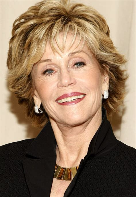 bing hairstyles for women over 60 jane fonda with shag haircut jane fonda chic older ladies pinterest