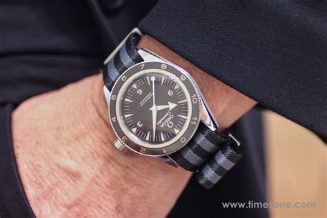 TimeZone : Omega » Hands on with the Omega Seamaster 300 SPECTRE LE