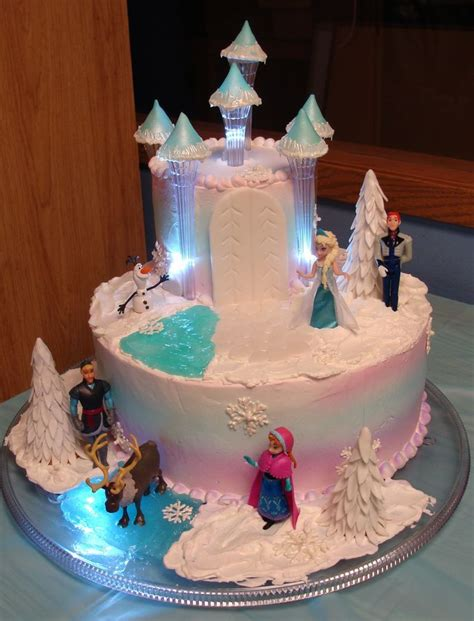 Decorating Frozen Cake by Frozen Themed Cake Birthday Pastries Frozen And Cakes