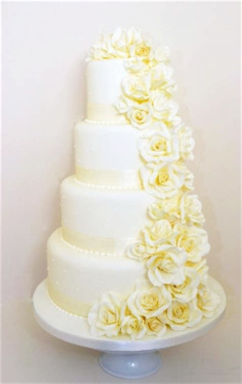wedding cakes cost uk wedding cake prices and information cakes for all