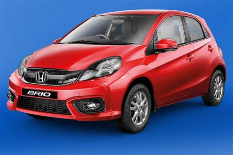 Grille Honda Brio 2016 Carbon Limited honda brio facelift launched at rs 4 69 lakhs gets