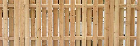 ringhiera in legno fai da te staccionate in legno fai da te recinzioni