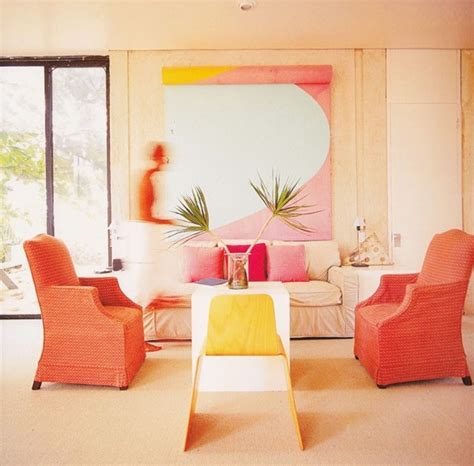 coral rooms decorating with shades of coral