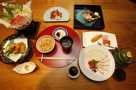 traditional japanese dinner table can unesco save traditional japanese cuisine csmonitor com