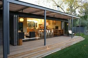 veranda bauen pergola aus metall 40 inspirierende beispiele und ideen