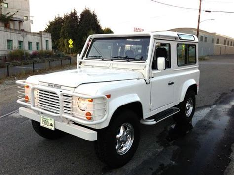 land rover defender for sale seattle sell used white 1997 hardtop defender 90 in seattle