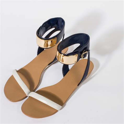 Charles Keith Shoes 80 S 25 best ideas about white wedge shoes on