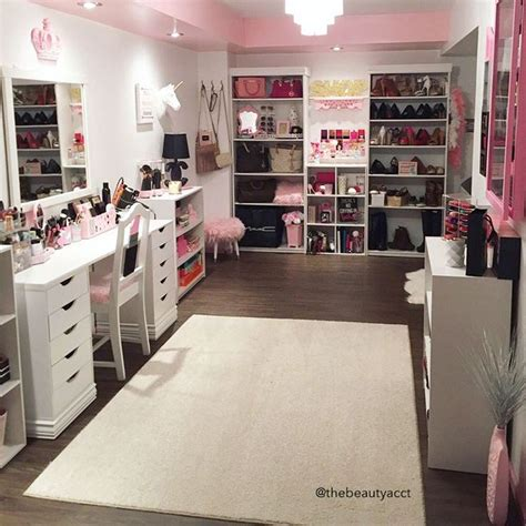 make your dream room 25 best ideas about makeup storage on pinterest makeup