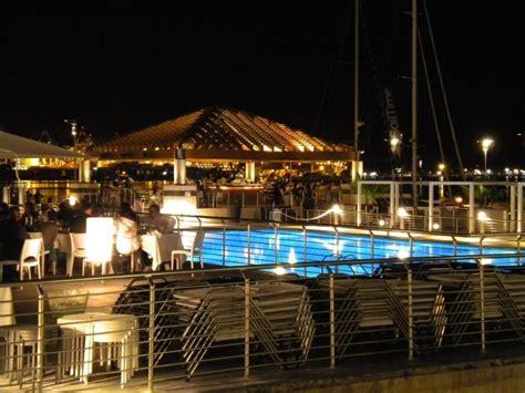 porto turistico la spezia movida lettori spaccati tra centro storico e lungomare
