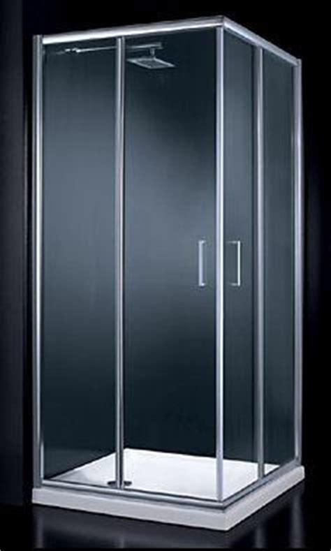 tipi di doccia scegliere il box doccia iperceramica