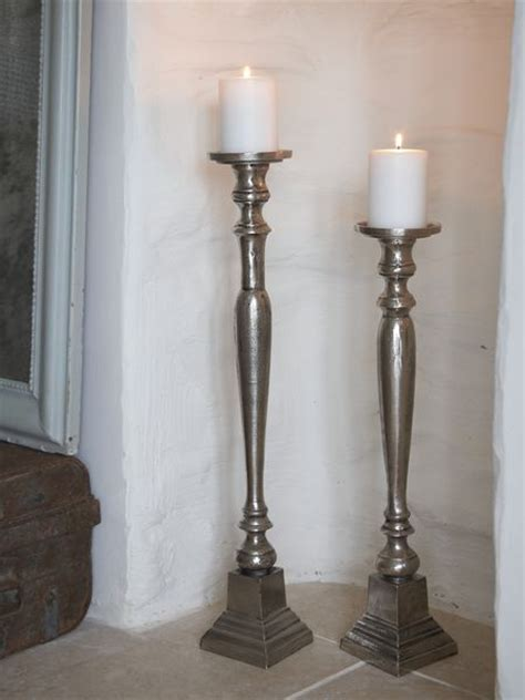 kerzenhalter boden aged metal floor candle holders