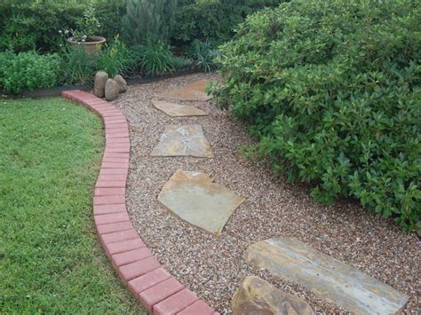 backyard gravel landscaping pea gravel landscaping ideas landscaping gardening ideas