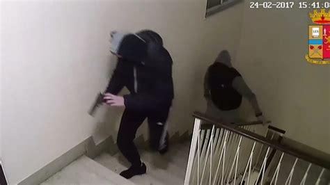 unipol palermo rapina all agenzia unipol scattano altri due arresti