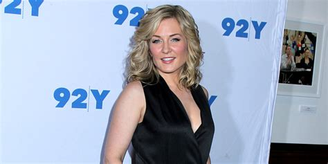 back view of amy carlson s hair back view of amy carlson s hair actress amy carlson