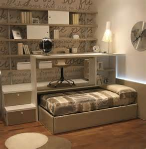 Small Guest Bed With Trundle Guest Room Idea Take This One Step Further Make The