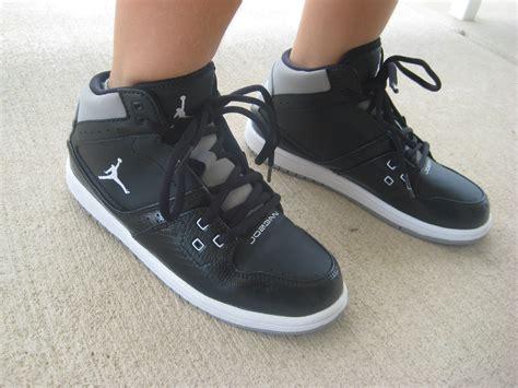 back to school with foot locker momma in flip flops