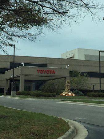 Toyota Factory Tour Georgetown Ky Entrance To Welcome Center Toyota Visitor Center And