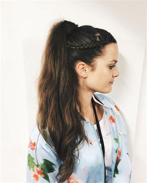 hairstyles for ladies turning 50 1000 ideas about messy ponytail hairstyles on pinterest ponytail hairstyles messy ponytail