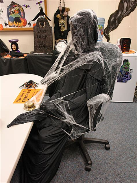 cool halloween themes office halloween decorating contest