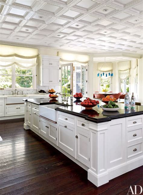 Ornate Kitchen Cabinets by 15 Stunning Traditional Kitchens Photos Architectural Digest