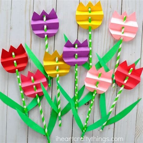 pretty paper crafts pretty paper straw tulip craft craft flower crafts and
