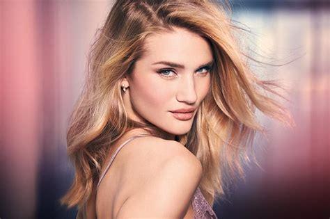 Rosie huntington whiteley talks new make up range