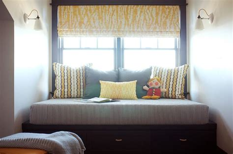 sleek  organized  cottage boys bedroom  built