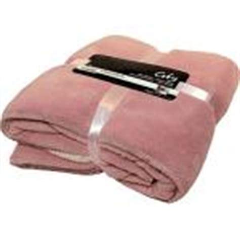 fleecedecke altrosa kuscheldecke rosa g 252 nstige rosa wohndecken