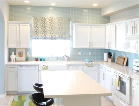 What Is A Good Color To Paint Kitchen Cabinets modern small kitchen color ideas of innovative small