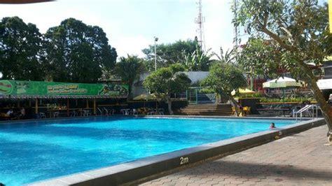 Sosis Bandung sosis pool picture of rumah sosis bandung tripadvisor