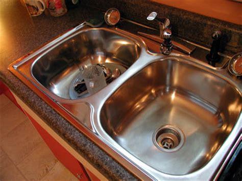 Kitchen Sink Gurgles A Of Notes Kitchen Sink Drain Gurgle