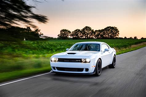 widebody hellcat white first drive 2018 dodge challenger srt hellcat widebody
