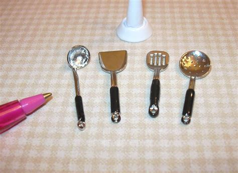 miniature metal kitchen utensil stand w 4 utensils