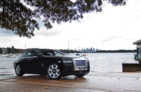 roll royce road rolls royce ghost review road test photos caradvice
